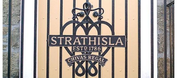 rediseño branding chivas regal